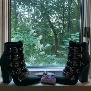 Steve Madden comet leather studded buckle booties